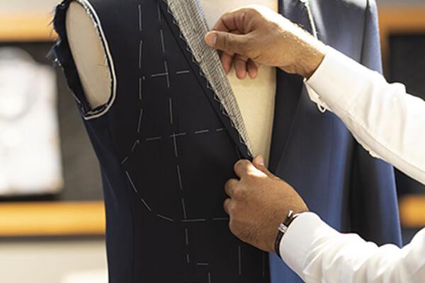 Costume sur mesure conseil details