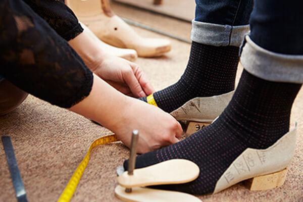chaussure sur mesure prise de mesure chaussure