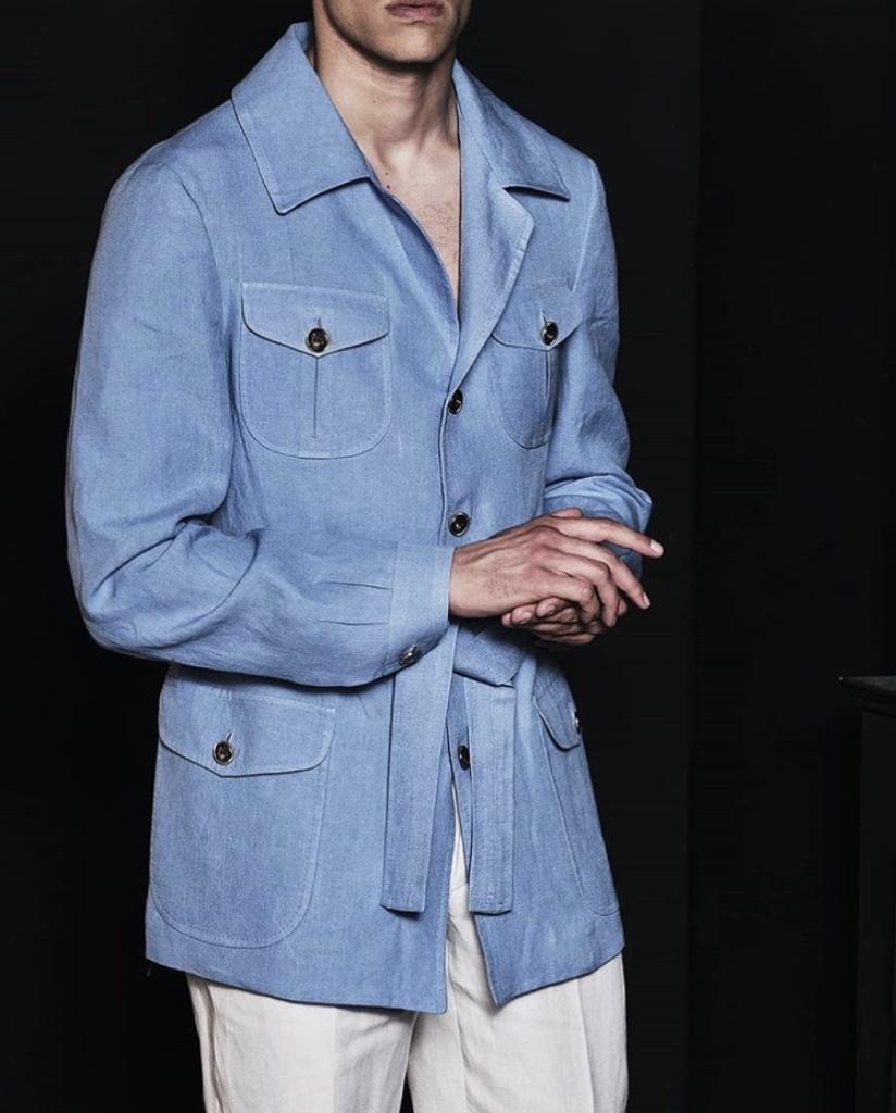 luigi_bleu_chemise